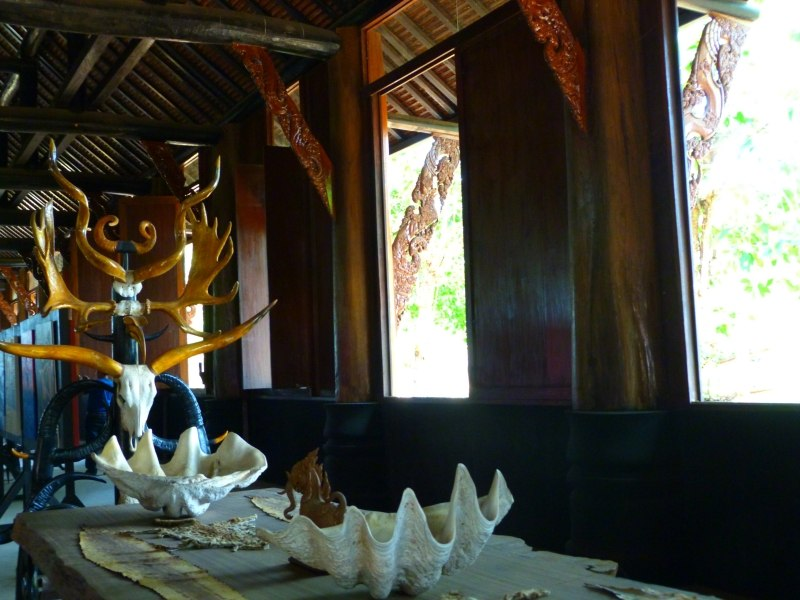 The Black Temple Thailand Chiang Rai Animal Skull Table